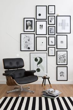 Mid-century furniture: These Eames Chair Lounge is exactly what you need in your mid-century modern home. #EamesChair