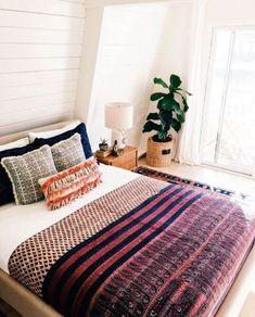 Bohemian bedroom design interior design ideas home decor room decor ideas perfect apartment decor best bohemian . Minimalist Apartment, Minimalist Decor, Minimalist Fireplace, Minimalist Wardrobe, Minimalist Living, Modern Minimalist, Style At Home, Home Bedroom, Master Bedroom