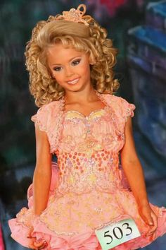 Love this pageant dress