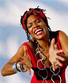 Dee Dee Bridgewater Dee Dee Bridgewater (born May 27 1950) is an American jazz singer. She is a three-time Grammy Award winning singer-songwriter as well as a Tony Award - winning stage actress and host of National Public Radios syndicated radio showJazzSet with Dee Dee Bridgewater. She is a United Nations Ambassador for the Food and Agriculture Organization. Biography Born Denise Eileen Garrett in Memphis Tennessee she was raised Catholic in Flint Michigan. Her father Matthew Garrett was a…