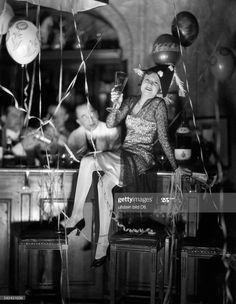 News Photo : Germany, Berlin. New Year's Eve at Hotel Adlon.... November Revolution, Bentley Hotel, Berlin Hotel, Underground World, Germany Berlin, Nocturne, Cabaret, Still Image, New Years Eve
