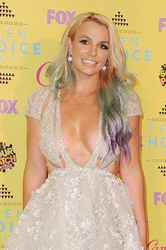 We're diggin' Britney's new mermaid 'do.