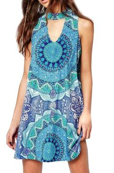 Try some fresh thing in this summer,baby.How about this Vintage Sleeveless Cut-Out Printed Mini Dress?  Wanna the chici street style piece?Gei it at Romoti.com
