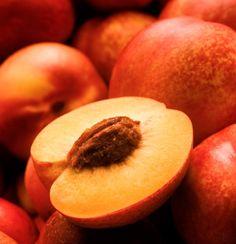PÊSSEGO =A fruta contém minerais, vitaminas e fitonutrientes benéficos para o corpo. Foto: iStock, Getty Images
