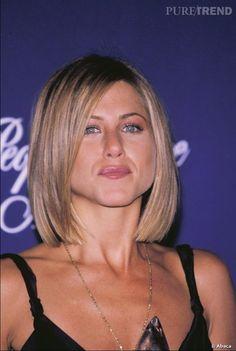 Jennifer Aniston Makeup, Jennifer Aniston Bob, Jennifer Aniston Pictures, Bronde Bob, Medium Length Bobs, Rachel Green, Bob Hairstyles, Hair Cuts, Hair Color