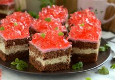 Gotuj z Cukiereczkiem: Ciasto kawowo-malinowe z galaretką