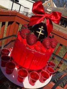 27th Birthday Cake, Alcohol Birthday Cake, Money Birthday Cake, Alcohol Cake, Funny Birthday Cakes, Special Birthday Cakes, Beautiful Birthday Cakes, Adult Birthday Cakes, Birthday Cakes For Women