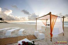 Mexiko Playa del Carmen Banyan Tree Mayakoba. Buchen Sie jetzt zum besten Preise Ihren Urlaub in Mexiko bei airmarini.com. Günstiger und besser gibt´s nicht.