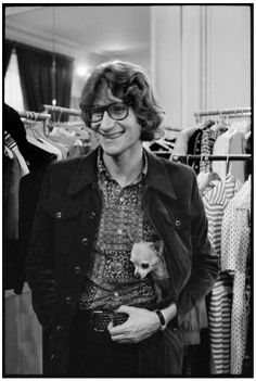 * Yves SAINT-LAURENT 1971 photo Martine Franck