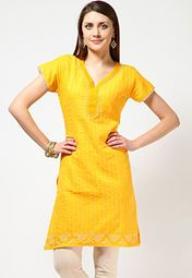 Yellow coloured kurta for women from Anahi. Made of Jacquard fabric, this thigh-length kurta has short sleeves and a V-neck. Featuring stripes, this kurta comes in regular fit.