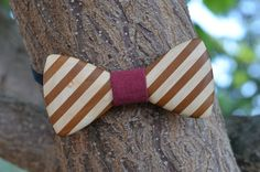 """A unique wooden bow tie is from several types of wood (maple, mulberry) using sticking technique to create A """"Strips"""" effect. The opposite side has a classic oak wood look. Wooden Bow Tie, Types Of Wood, Bows, Create, Classic, Unique, Accessories, Wood Types, Bowties"""