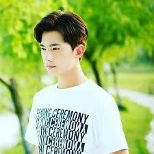 yang yang actor - rubai in drama windigirl Asian Actors, Korean Actors, Yang Chinese, Yang Yang Actor, Wei Wei, A Love So Beautiful, Asian Love, Writers Write, Jaejoong