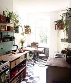 Because of offspring I have just moved and overjoyed about our new kitchen. Interior Exterior, Interior Design Living Room, Wallpaper Azul, Sweet Home, Deco Boheme, Cute Kitchen, Living Room Colors, Online Home Decor Stores, Online Shopping