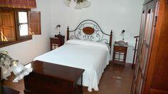 """Dormitorio de la """"Casa Laurel"""""""