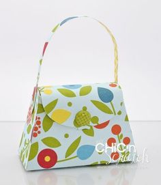 I love adorable gift bag ideas......I will definitely give these a try.
