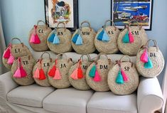 Monogram round large straw bag with double set of handles and 2 tassels, personalized round basket bag. This lovely and fun french market basket features : *Double set of handles, long leather ones shoulder length and the short palm woven ones. * 2 oversized tassels (you choose Hemp Yarn, Round Straw Bag, Diy Sac, Inside Bag, Basket Bag, Summer Bags, Shopper, Custom Bags, Bead Crochet
