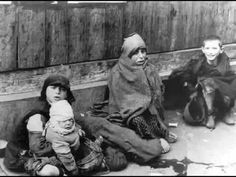 The Warsaw Ghetto Year hunger. Year of death, year of the Holocaust. This tragic period of struggle for survival. Korczak tried at all costs to protect, isolate children from the reality and horror of the ghetto Warsaw Ghetto Uprising, Jewish Ghetto, Virtual Memory, World War Two, Historian, Look Alike, Germany, Hamburg
