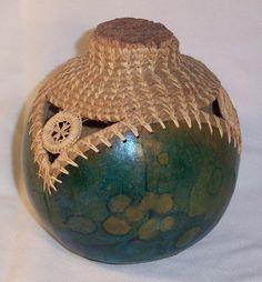 Gourd with teneriffe.jpg 911×981 pixels