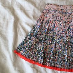 """Floral Pleated Skirt  No low ball offers   No modeling - if it fit I would have already posted a picture   POSH ONLY   Very cute pleated skirt. Zips up the side, does not have stretch in the waist. 14"""" waist when laying flat. American Eagle Outfitters Skirts"""