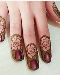 Mehndi designs House Beautiful house of the sleeping beauties Henna Hand Designs, Finger Mehndi Designs Arabic, Finger Mehndi Style, Rose Mehndi Designs, Modern Mehndi Designs, Mehndi Designs For Fingers, Wedding Mehndi Designs, Mehndi Design Pictures, Latest Mehndi Designs