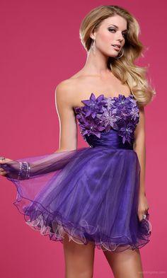 Chic A-line Strapless Short Homecoming/Sweet Sixteen Dress