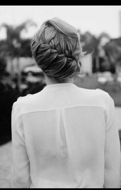 Enjoy DIY your hairstyles! braids hair, hair styles, hair makeup, hair for beauty My Hairstyle, Pretty Hairstyles, Girl Hairstyles, Braided Hairstyles, Wedding Hairstyles, Braided Updo, Wedding Updo, Amazing Hairstyles, Bun Updo
