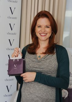 <3 her!! Sarah Drew Haircut and color (?)