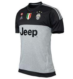 Juventus 2015-16 Goalkeeper Kit