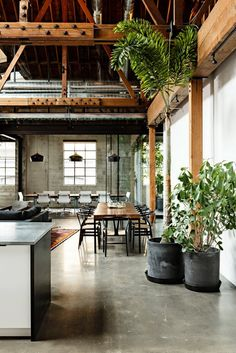 Utilizing high ceilings in a loft space
