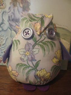 Mauve floral owl sewn by Sheila. Pattern can be enlarged & used for a doorstop.