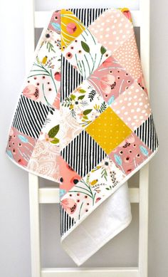 If an ageless quilt with gorgeous watercolor flowers in pink, grey and butternut orange is your plan for your baby's nursery décor you will love this! Baby Girl Quilts, Girls Quilts, Crib Quilts, Owl Quilts, Quilted Baby Blanket, Minky Blanket, Machine Quilting, Quilting 101, Hand Quilting