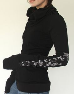 turtleneck cowl TOP with extra long sleeves Black by joclothing