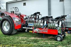 From 4 Man Motorsports on Facebook. Love Tractor Pulls.