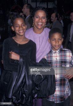 News Photo Black Celebrities, Celebs, Lola Falana, Phylicia Rashad, Debbie Allen, The Cosby Show, Black Actresses, Famous Black, Black Families