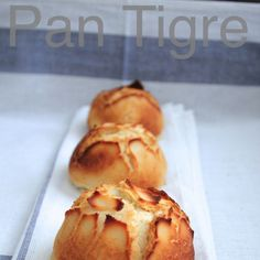 Pan Holandés o Pan Tigre { Reto Bake the World } Biscuit Bread, Pan Bread, Argentine Recipes, Donuts, Good Foods To Eat, Bread And Pastries, Artisan Bread, Different Recipes, Gastronomia