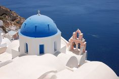 Greek Island Vacation - Santorini, Athens, and Mykonos Santorini Hotels, Oia Santorini Greece, Mykonos, Le Corbusier, Last Minute Vacation Deals, Greek Islands Vacation, Best Travel Insurance, Destinations, Greek Isles