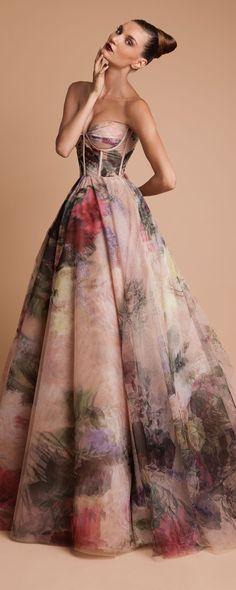 Rani Zakhem Fall-winter 2013-2014 - Couture - http://www.orientpalms.com/rani-zakhem-4078