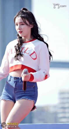 Best 12 57 photos of Nancy Momoland showing her beautiful body shape and pretty face – SkillOfKing.