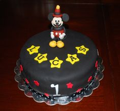 Simple, but wonderful Mickey cake (made by a relative)!