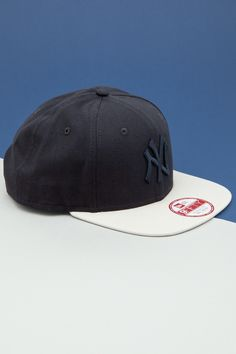 5cf1ad3252d Get your head in the game and choose from our range of New Era caps