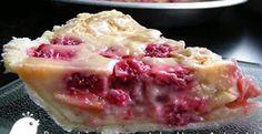 Un dessert simple mais totalement FABULEUX! Maple Syrup Recipes, Apple Recipes, Bon Dessert, Dessert Simple, Dessert Ideas, Easy Desserts, Delicious Desserts, Raspberry Recipes, Sweet Pie