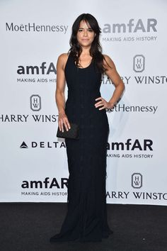 Michelle Rodriguez photo 378 of 574 pics, wallpaper - photo #800407 - ThePlace2 Michelle Rodrigez, Azzedine Alaia, Wearing Black, Celebrity Photos, Photo Galleries, Formal Dresses, Celebrities, How To Wear, Wallpaper