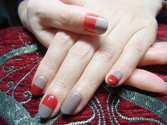 NAIL-COMMON: バイカラーネイル Cute Nail Art, Easy Nail Art, Hot Nails, Hair And Nails, Garra, Abstract Nail Art, Nail Candy, Formal Nails, Instagram Nails