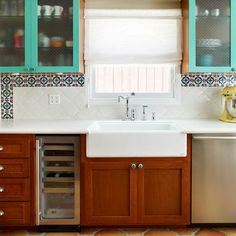 Fantastisch Like The Bright Colored Cabinets On Top  Then I Could Match My Hood To It