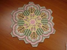 Amazing hexagons by Dragonfly Gypsy  www.dragonflygypsy.blogspot.com  omg...I'm so in love!