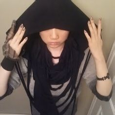 DIY infinity hood fringed scarf tutorial by Aliennnation