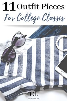These college outfits are perfect for functional, comfortable, everyday college activities. These 11 staple outfit pieces are a must-have for every college freshmen. #college #outfit #wardrobe