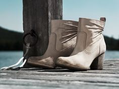 Timberland Women's Earthkeepers® Rudston Ankle Boot - Style: 28656 // An elegant and eco-conscious way to treat your feet to classy, outdoor-inspired style for spring, summer or fall!