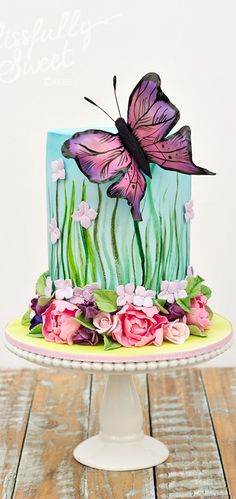 Birthday flowers cake decorating supplies ideas for 2019 - Birthday Bash - Torten Gorgeous Cakes, Pretty Cakes, Cute Cakes, Amazing Cakes, Fondant Cakes, Cupcake Cakes, Hand Painted Cakes, Butterfly Cakes, Butterfly Flowers