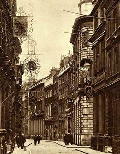 Lombard St, London in 1911